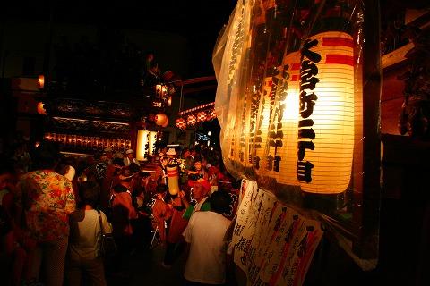 三島大社祭りシャギリ競り合い山車2
