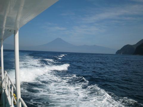 ホワイトマリンからの富士山6